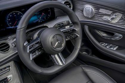 2021 Mercedes-Benz E 220 d - UK version 100