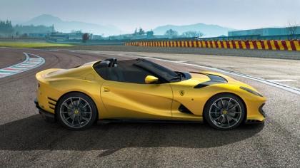 2021 Ferrari 812 Competizione A 5