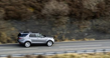 2021 Land Rover Discovery D300 MHEV SE 8