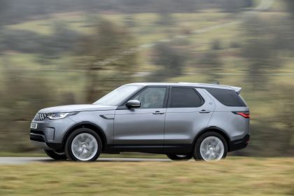 2021 Land Rover Discovery D300 MHEV SE 10
