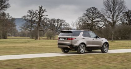 2021 Land Rover Discovery P360 MHEV R-Dynamic S 9