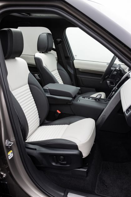 2021 Land Rover Discovery P360 MHEV R-Dynamic S 36