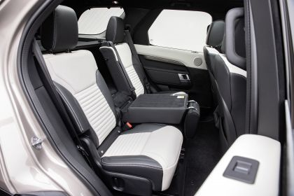 2021 Land Rover Discovery P360 MHEV R-Dynamic S 45