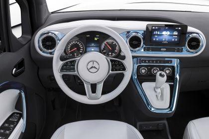 2021 Mercedes-Benz EQT concept 14