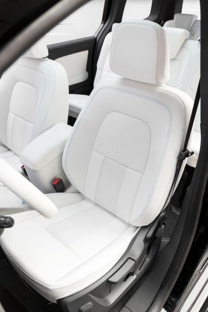 2021 Mercedes-Benz EQT concept 17