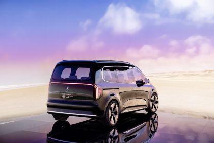 2021 Mercedes-Benz EQT concept 23