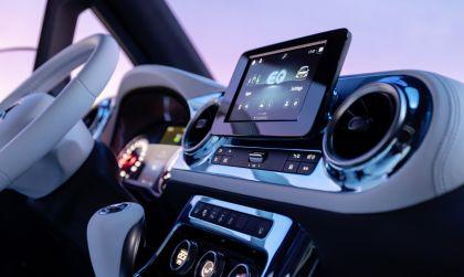 2021 Mercedes-Benz EQT concept 25