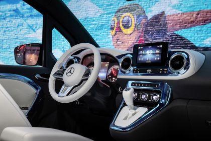 2021 Mercedes-Benz EQT concept 28
