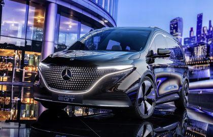 2021 Mercedes-Benz EQT concept 29