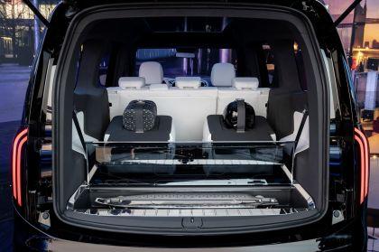 2021 Mercedes-Benz EQT concept 32