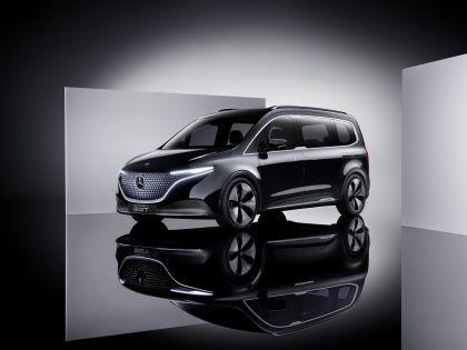 2021 Mercedes-Benz EQT concept 34