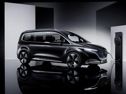 2021 Mercedes-Benz EQT concept 37