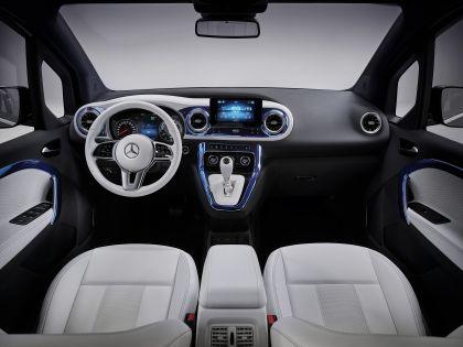 2021 Mercedes-Benz EQT concept 39