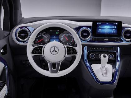 2021 Mercedes-Benz EQT concept 40