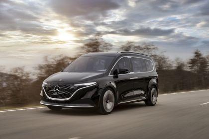 2021 Mercedes-Benz EQT concept 42