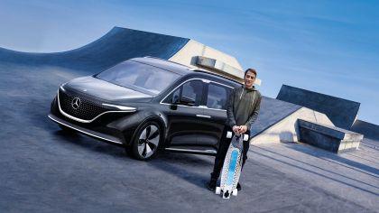 2021 Mercedes-Benz EQT concept 57