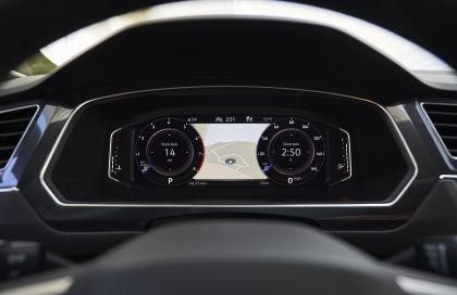 2022 Volkswagen Tiguan SEL R-Line - USA version 24