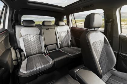 2022 Volkswagen Tiguan Allspace 17