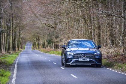 2021 Mercedes-Benz E 220 d coupé - UK version 21