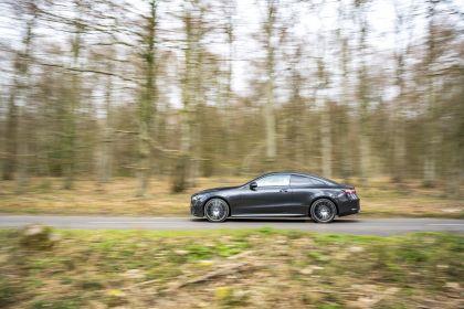 2021 Mercedes-Benz E 220 d coupé - UK version 23