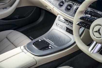 2021 Mercedes-Benz E 220 d coupé - UK version 37