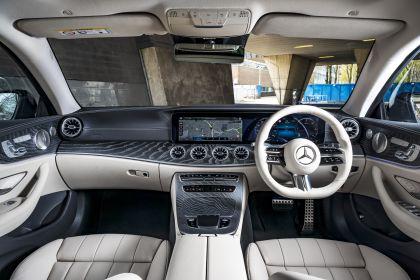 2021 Mercedes-Benz E 220 d coupé - UK version 38