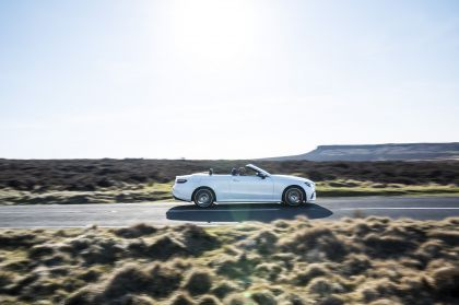 2021 Mercedes-Benz E 300 cabriolet - UK version 3