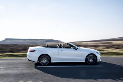 2021 Mercedes-Benz E 300 cabriolet - UK version 30