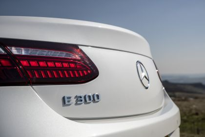 2021 Mercedes-Benz E 300 cabriolet - UK version 33