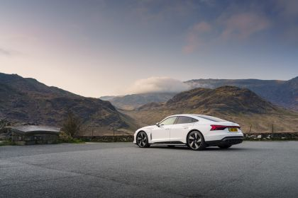 2021 Audi e-tron GT quattro - UK version 3