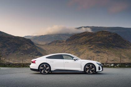 2021 Audi e-tron GT quattro - UK version 5