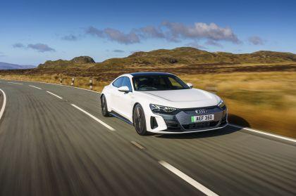 2021 Audi e-tron GT quattro - UK version 8
