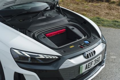 2021 Audi e-tron GT quattro - UK version 32