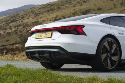 2021 Audi e-tron GT quattro - UK version 37