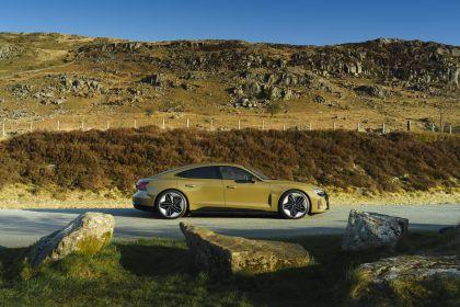 2021 Audi RS e-tron GT - UK version 7