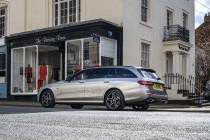 2021 Mercedes-Benz E 300 de Estate - UK version 2