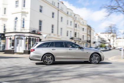 2021 Mercedes-Benz E 300 de Estate - UK version 5