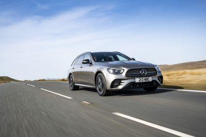 2021 Mercedes-Benz E 300 de Estate - UK version 22