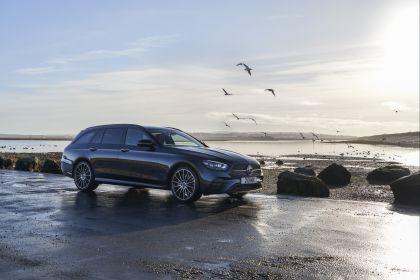 2021 Mercedes-Benz E 400 d Estate - UK version 5