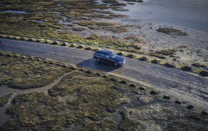 2021 Mercedes-Benz E 400 d Estate - UK version 21