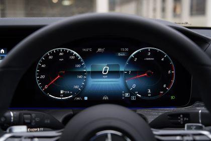 2021 Mercedes-Benz E 400 d Estate - UK version 28