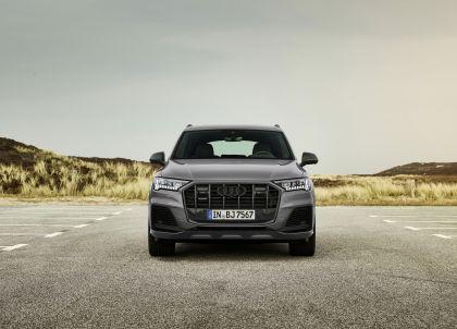 2022 Audi Q8 competition plus 3