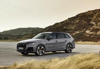 2022 Audi Q8 competition plus 5