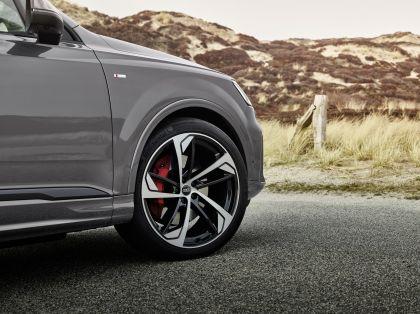 2022 Audi Q8 competition plus 9