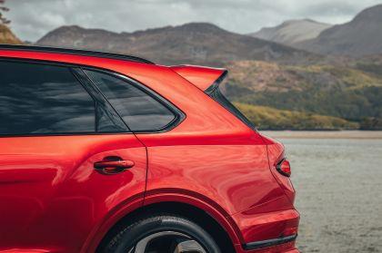 2021 Bentley Bentayga S 13