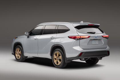 2022 Toyota Highlander Bronze Edition 3