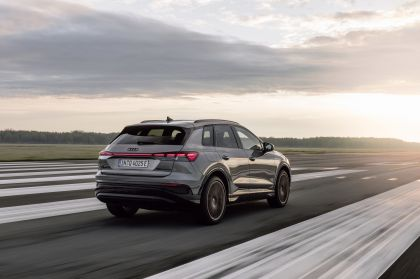 2022 Audi Q4 50 e-tron quattro Edition One 6