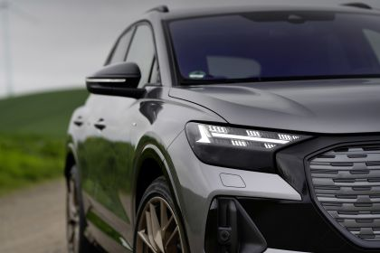 2022 Audi Q4 50 e-tron quattro Edition One 28