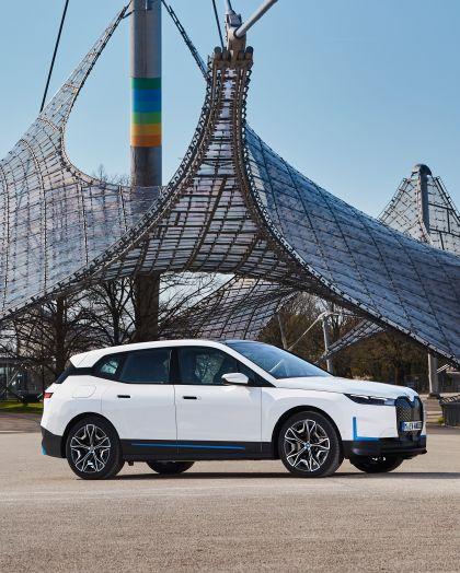 2022 BMW iX ( i20 ) xDrive40 38