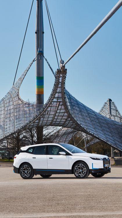 2022 BMW iX ( i20 ) xDrive40 39